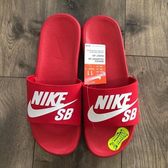 9d560faa589cd6 Nike Benassi Solarsoft SB